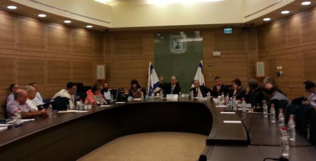 """עם ח""""כ אחד ו-5 לוביסטים, דיוני הוועדה לביקורת המדינה ממשיכים לאכזב"""