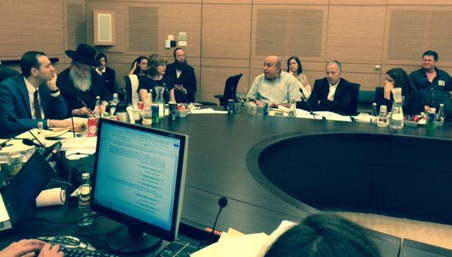 מימין: אורלי לוי-אבקסיס, עבדאללה אבו מערוף, זוהיר בהלול, יעל גרמן, יעקב ל יצמן ומיקי זוהר.